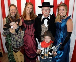 saloon-family---resized[1]